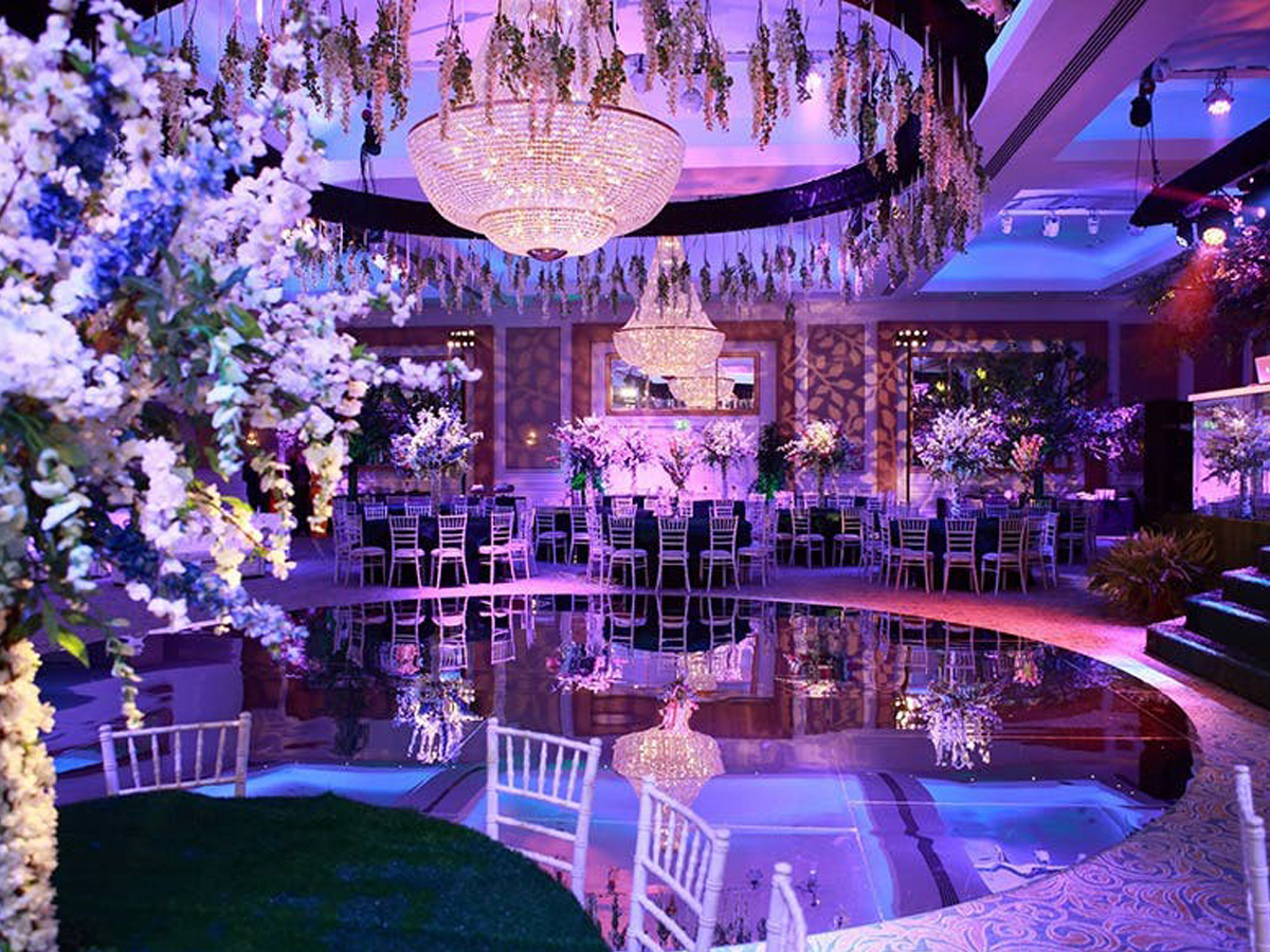 Theme Weddings 3
